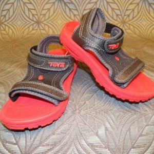 New Kids Teva Psyclone 3 Black Red  Sandals